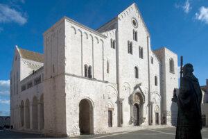圣尼古拉柱廊大厅(意大利,巴里)