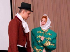 IMG 0029 300x224 - Воспитание школьным театром: детям важно показывать разные стороны жизни