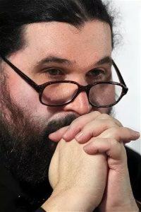 ips6hwwbj 200x300 - Прот. Георгий Ореханов: что делать, если ребёнок ушёл из Церкви?