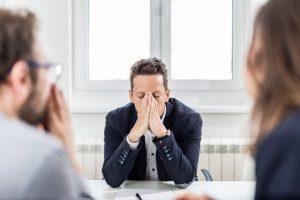 approval seeking schema schema therapy man 300x200 - Первая работа выпускника: когда важно вовремя остановить собеседование?