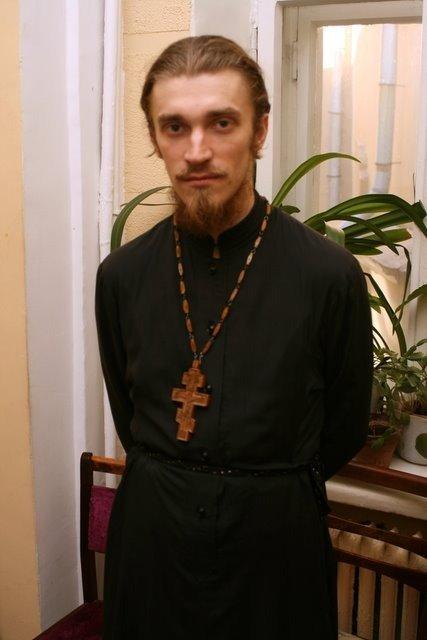 Секс священник видео