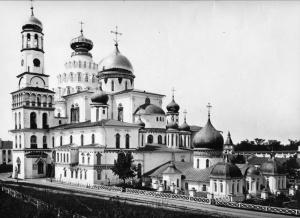 Новоиерусалимский монастырь Истра8.jpg