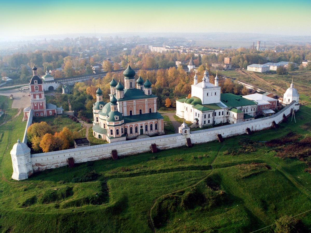 Картинки монастырей в россии