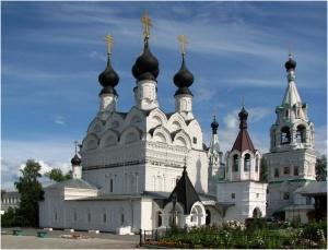 Cвято-Троицкий женский монастырь.jpg