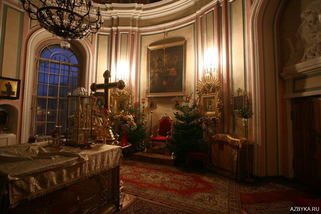 Горнее место собора в честь Владимирской иконы Божией Матери