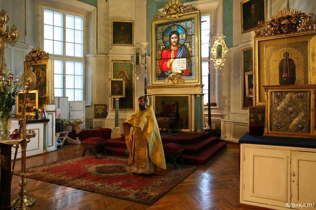 Горнее место Князь-Владимирского собора