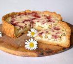 Полезный и вкусный пирог с ревенем – рецепт приготовления