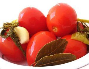 pomidory 300x233 - Заготавливаем травы квашением