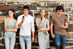 mobile audience 1024x682 300x200 - Это должен знать каждый: что делает смартфон с нашим мозгом