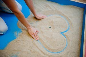 yoga1 190 300x200 - Песочная терапия - успокоение и самоисцеление